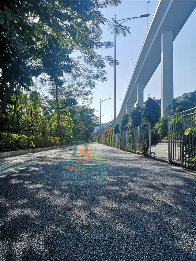 盐田区海滨栈道透水地坪重建工程