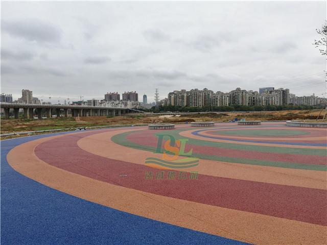 惠州新开河公园透水混凝土地坪项目